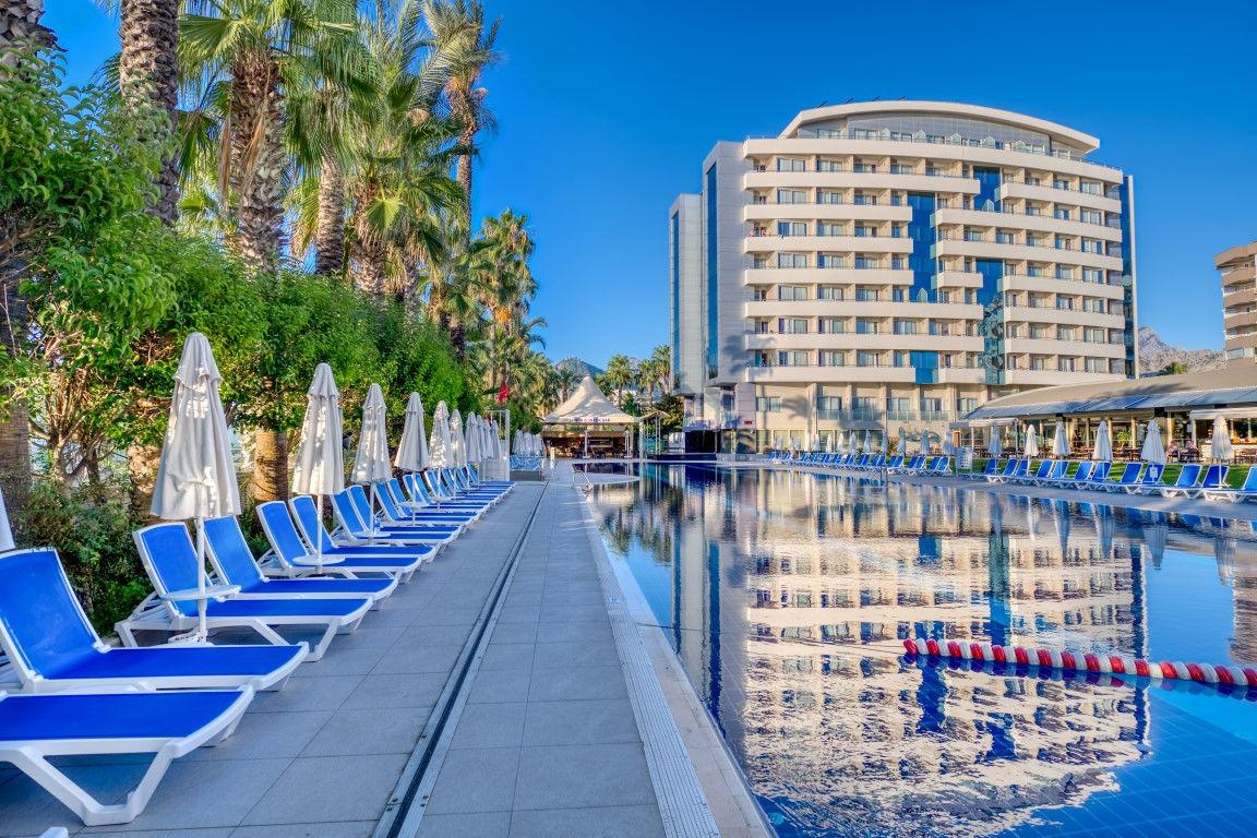 Hôtel Porto Bello Hotel Resort & Spa 5*