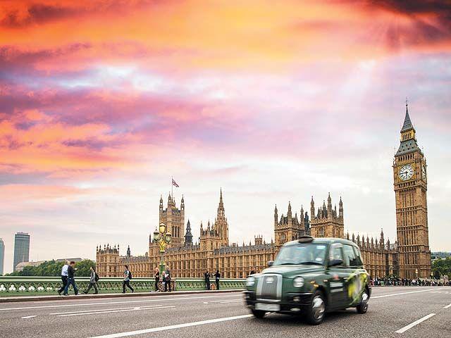 S jour grande bretagne londres h tel travelodge kings for Londres hotel design
