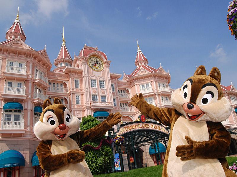 Disneyland® Hotel - Réservez dès maintenant votre séjour !
