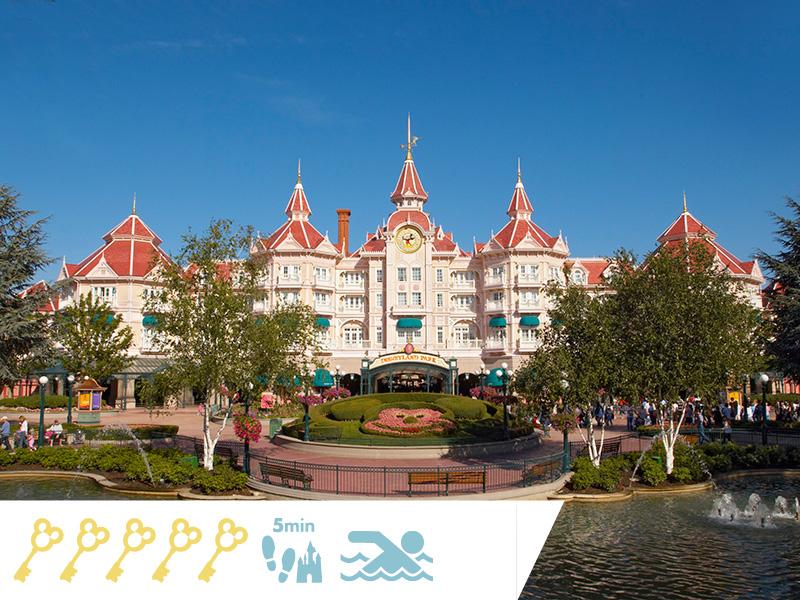 Disneyland Hotel : Réservez plus tôt !