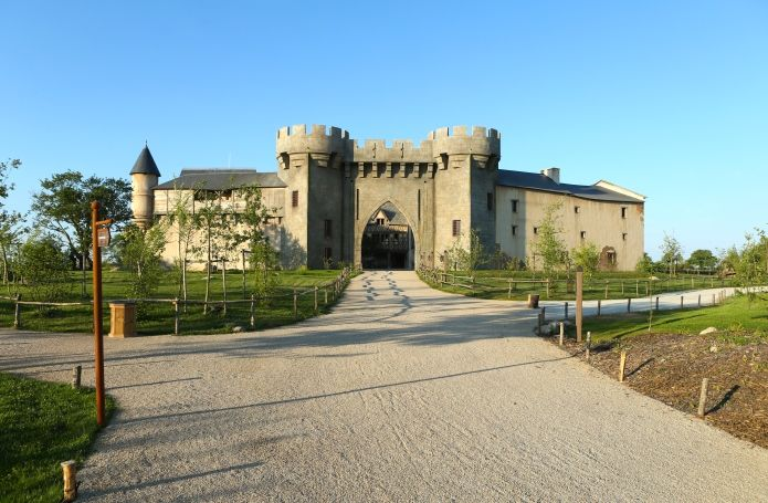 puy du fou hotel la citadelle avec acces au parc puy du fou poitou centre loire france. Black Bedroom Furniture Sets. Home Design Ideas
