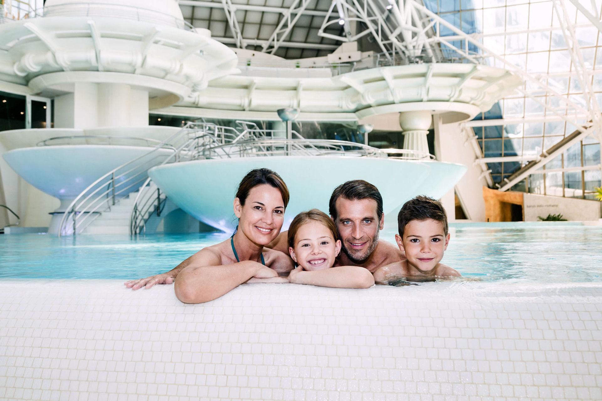Caldea - Hôtel Diplomatic 4* avec accès à Caldea et un massage (Offre spéciale Carrefour)