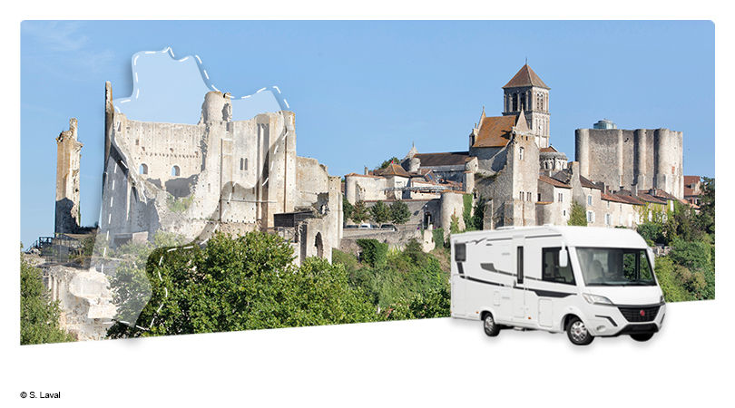 Road Trip en Camping-Car Intégral : La Vienne - Au Pays du Futuroscope