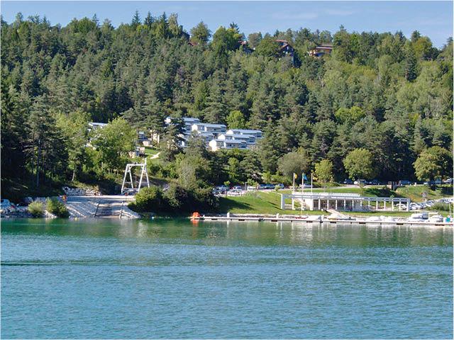 Vvf Villages Le Lac De Vouglans Maisod Jura France Avec